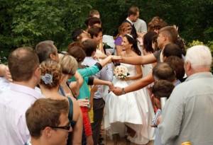 zUd5OncI s 300x205 Свадьба в шатре